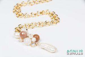 Vienetinis kaklo vėrinys su natūraliais perlais ir trijų tipų mėnulio akmeniu